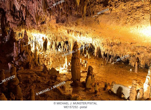 Onondaga Cave in Onondaga Cave State Park in Leasburg, Missouri
