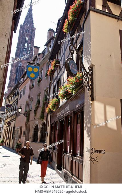 France, Bas Rhin, Strasbourg, Chez Yvonne Restaurant near the Cathedral