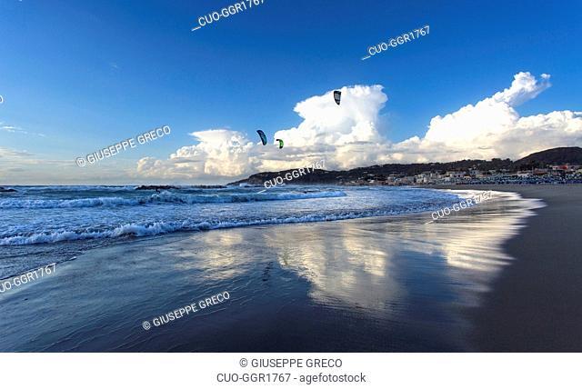 Kite surf, La Chiaia beach, Forio, Ischia island, Campania, Italy, Europe