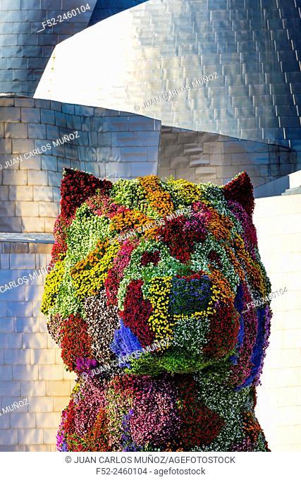 Puppy, by Jeff Koons. Guggenheim Museum, Bilbao, Bizkaia, Basque Country, Spain, Europe