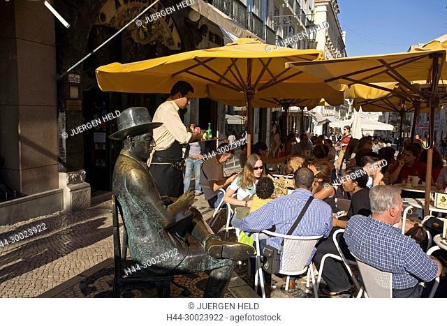 Portugal, Lisbon, Cafe Brasileira, Barrio Chiado, people, statue Fernando Pessoa , rua Garret