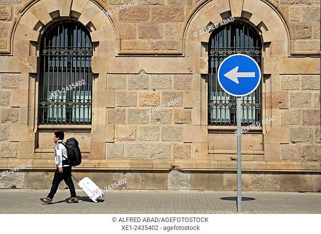 Traffic signal, Customs house building, 1896-1902, arch. Enric Sagnier i Villavecchia, Barcelona, Catalonia, Spain