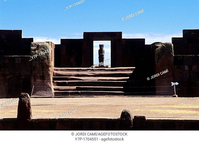 Kalassasaya Temple entrance and Ponce Monolith  Tiahuanaco ruins , Bolivia