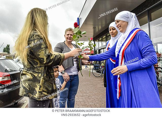 St Willebrord - Young Muslims of the Hijaz community are talking to Willebrord's population, the reason for which is that high percentage of Pvv is attached