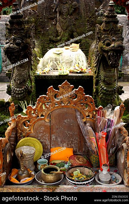 Shrine in Tirta Empul, near Ubud, bali, indonesia
