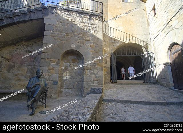 Sos del Rey Catolico village in Cinco villas Zaragoza province Aragon Spain on August 22, 2020. Berlanga statue at old town