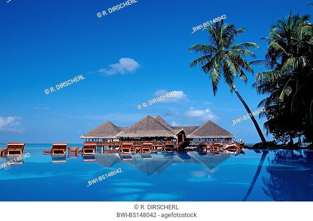 Pool and Beachbar on Maldivian Island, Maldives, Indian Ocean, Meemu Atoll, Medhufushi