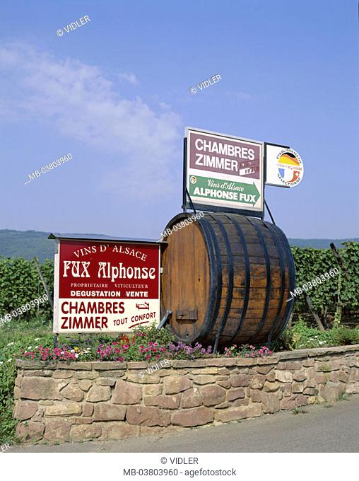 France, Alsace, roadside, wall,  Wine barrel, signs, hint,  Room rental  Europe, wine-growing area, wine-growing region, wine-growing, trips, borderland