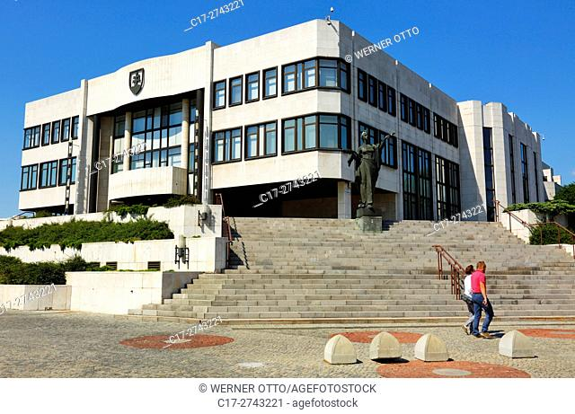 Slovak Republic, Slovakia, Bratislava, Capital City, Danube, Little Carpathians, parliament building, National Council of Slovakia, statue