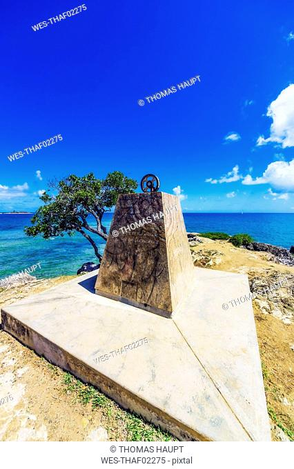 New Caledonia, Noumea, Monument for sailor Jean-Francois de La Perouse
