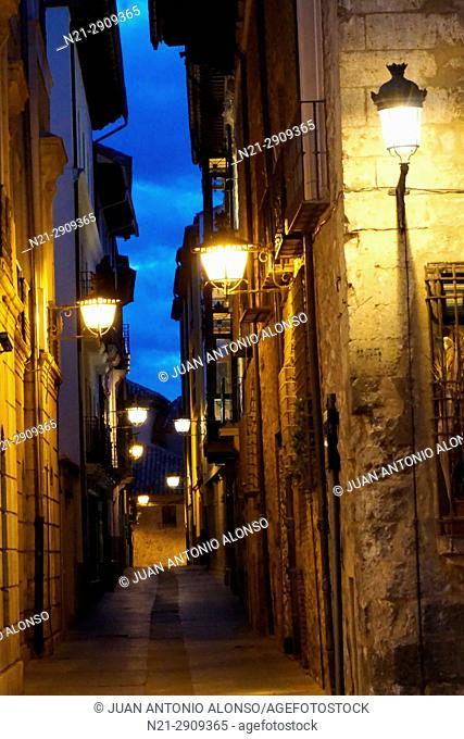 Old street at the Plaza del Torico at night. Teruel, Aragón, Spain, Europe