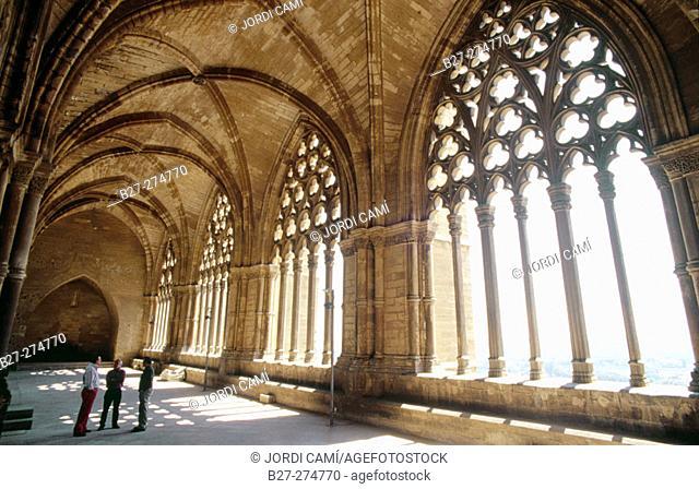 Cloister in 'La Seu Vella' (13th century). Lleida. Catalonia. Spain