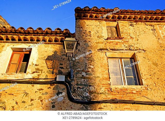 Windows at sunset, Poboleda, Tarragona, Catalonia, Spain