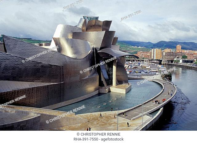 Guggenheim Museum, architect Frank O. Gehry, opened in 1997, building clad in titanium sheets, Bilbao, Spain, Europe