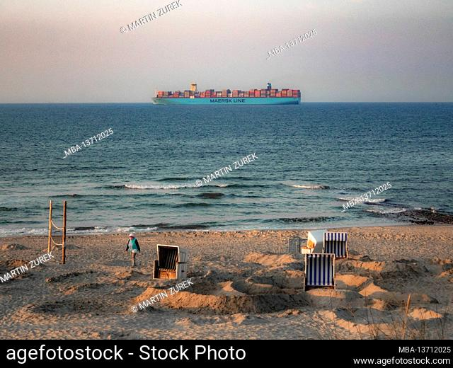 View of the Maersk Line container ship in front of Wangerooge