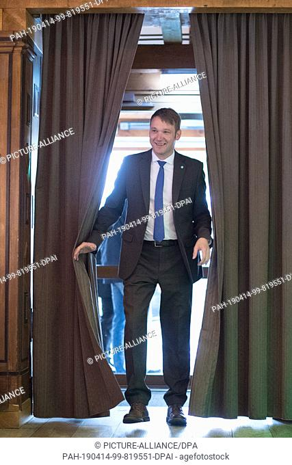 14 April 2019, Saxony, Dohma: Andre Poggenburg, chairman of the party Aufbruch deutscher Patrioten (AdP), comes to the party conference of his party in the...