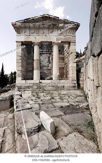 Treasury of the Athenians, Delphi, UNESCO World Heritage Site, Greece, Europe