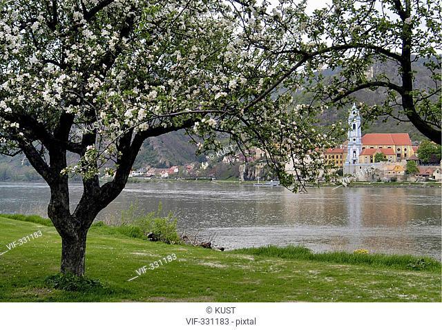 Duernstein an der Donau, Weltkulturerbe Wachau - 25/04/2004