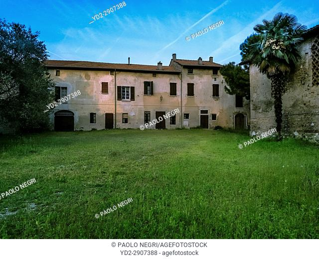 Country house south Lake Garda, Solferino, Lombardy Italy