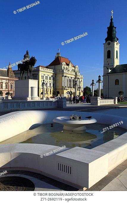 Romania, Crisana, Oradea, Piata Unirii, Town Hall, St Ladislas Church,