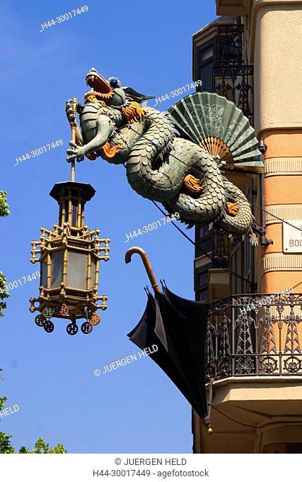 Spain, Catalonia, Catalunya, Barcelona, La Ramblas, Art Deco dragon with laterne