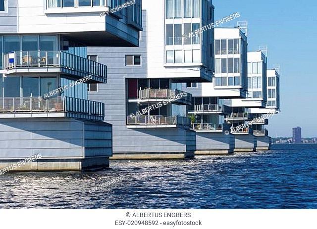apartments at lake