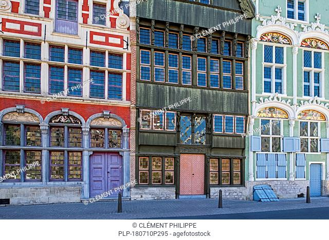 16th and 17th century facades of bourgeoisie houses Sint-Jozef, Den Duivel and Het Paradijs at Haverwerf in city Mechelen / Malines, Flanders, Belgium