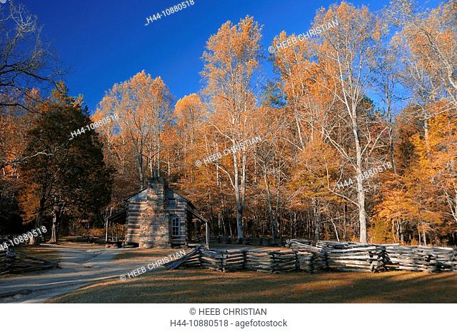 John Oliver Place, Cabin, Cades Cove, Fall, colours, colors, Great Smoky Mountains National Park, Tennessee, USA