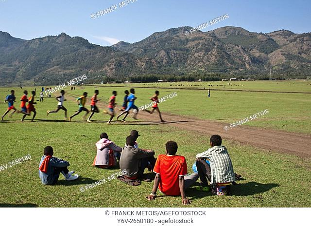 Long distance race at the local level. At Korem ( Tigray state, Ethiopia) They are running at the altitude of 2.500 m approximately