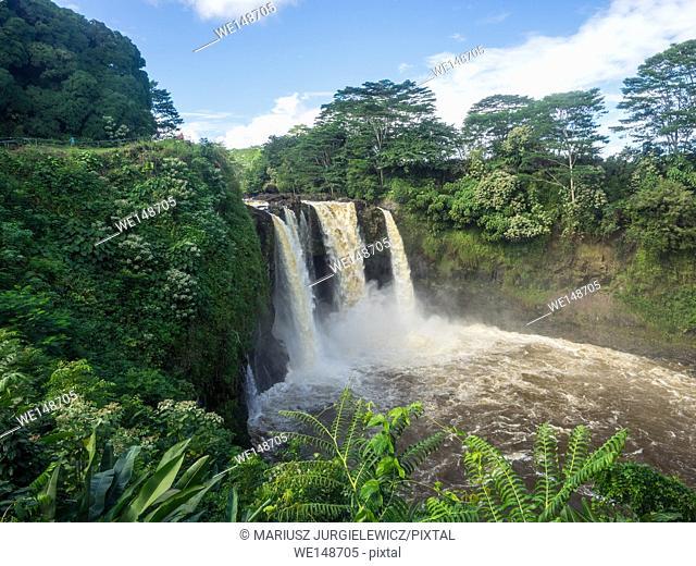 Rainbow (Waianuenue) Falls is a waterfall located in Hilo, Hawaii