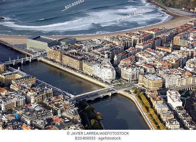 River Urumea, Zurriola beach, San Sebastian (aka Donostia), Guipuzcoa, Basque Country, Spain