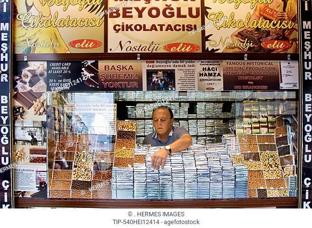 Turkey, Istanbul, Istiklal Caddesi, Chocolate shop