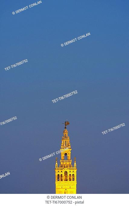 Spain, Seville, Tower of Giralda at dusk