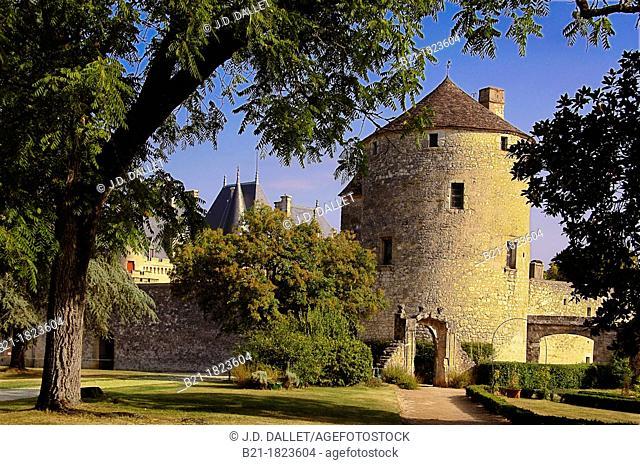 France-Aquitaine-Dordogne- Chateau de Montaigne: Historical tower, 14th century -  (Michel Eyquem de Montaigne, February 28, 1533 - September 13