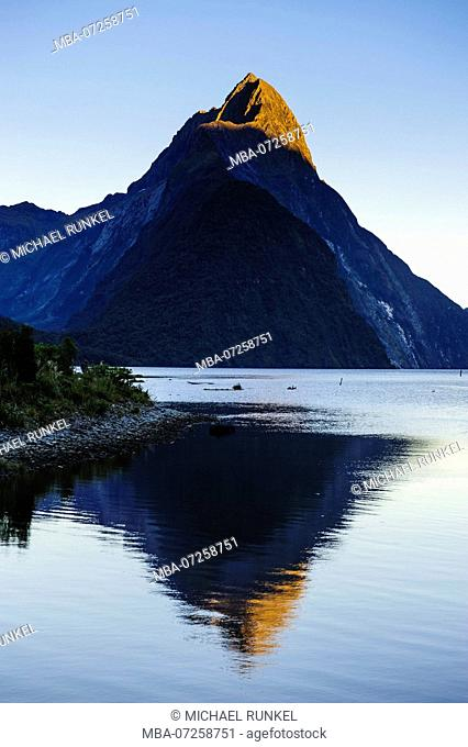 Early morning light in the Milford Sound, South Island, New Zealand
