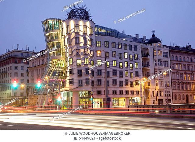 Dancing House, Tancici dum, architect Frank Gehry, Prague, Czech Republic