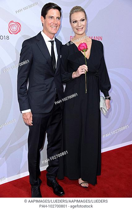 Maria Hoefl-Riesch with husband Marcus Hoefl / arrival Red carpet for the rose ball 2018 in favor of the German stroke Foundation Help in the Hotel...
