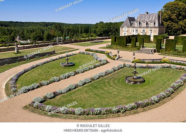 France, Indre et Loire, Chancay, Valmer castle, garden conservatory