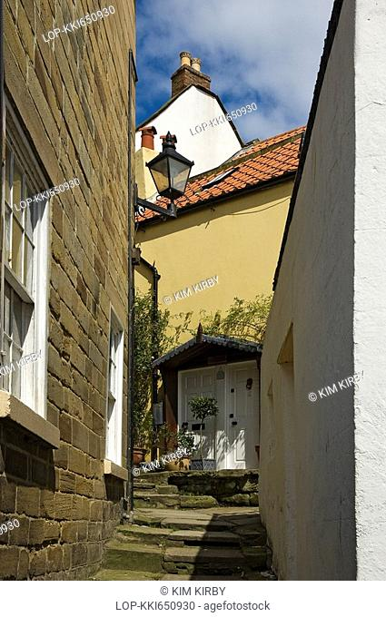 England, North Yorkshire, Robin Hoods Bay, One of the many narrow streets in Robin Hoods Bay, reportedly the busiest smuggling community on the Yorkshire coast...