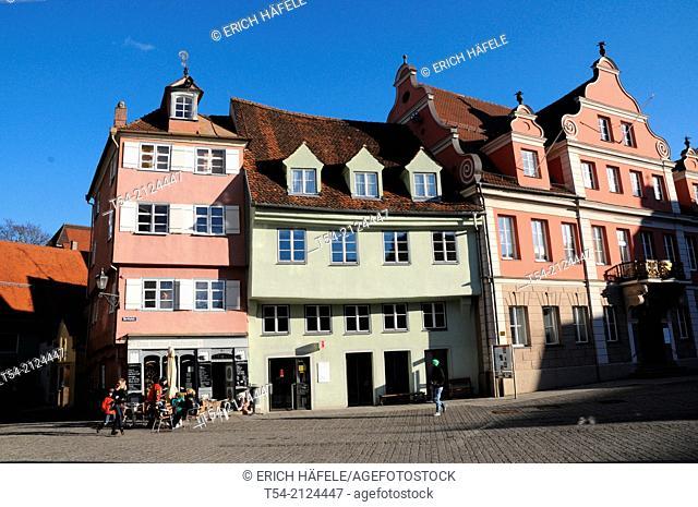 Old houses on the main square in Memmingen / Memmingen, Germany