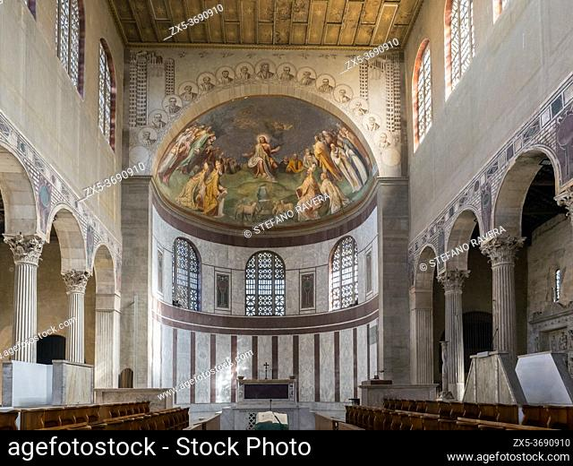 Central nave of the Basilica of Santa Sabina on the Aventine - Rome, Italy