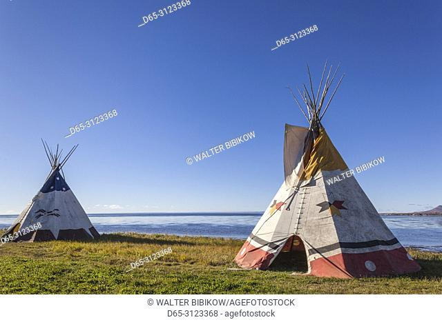 Canada, Quebec, Gaspe Peninsula, Gesgapegiag, Mic-Mac First Nations tee-pees by the Baie des Chaleurs