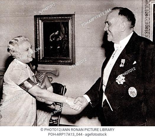 Sir Roy Welensky; Prime Minister of Northern Rhodesia (Zimbabwe) meets Vijaya Lakshmi Nehru Pandit, sister of Jawaharlal Nehru, and aunt of Indira Gandhi