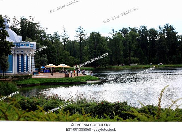 The main lake in the Pushkin park