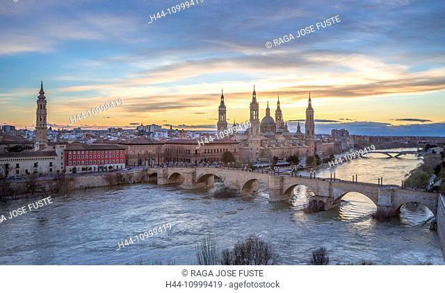 Spain, Aragon Region, Zaragoza, Saragossa, City, El Pilar Basilica