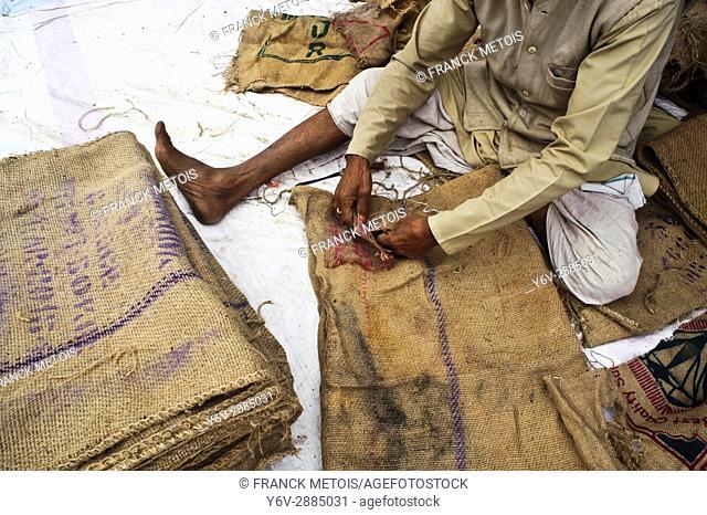 Recovery and repair of jute sacks ( Odisha state, India)