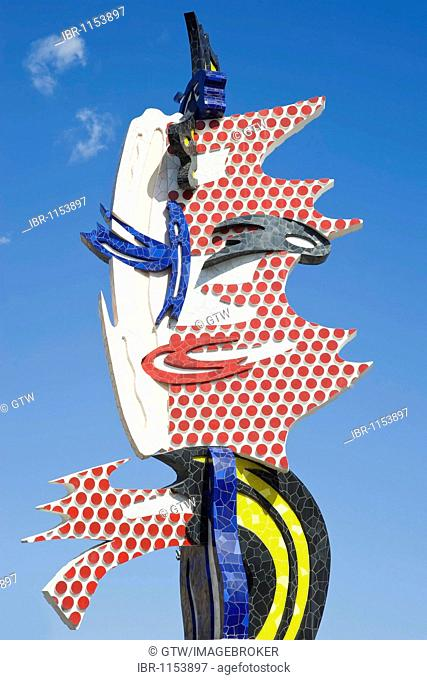 Barcelona Head, sculpture by Roy Lichtenstein, Moll de Fusta, Barcelona, Catalonia, Spain, Europe