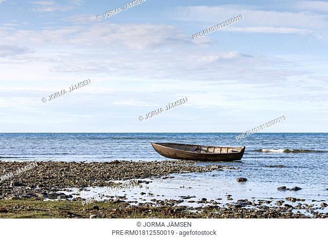 Fishing boat at the coast of Gotland, Sweden / Fischerboot an der Küste von Gotland, Schweden