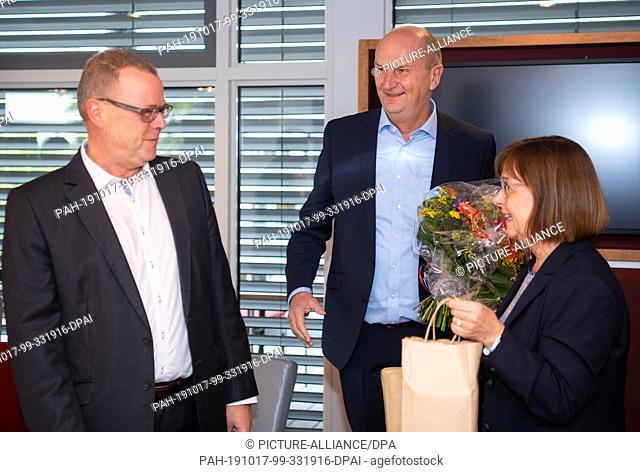 17 October 2019, Brandenburg, Potsdam: Dietmar Woidke (M, SPD), Minister President of Brandenburg, and Ursula Nonnemacher