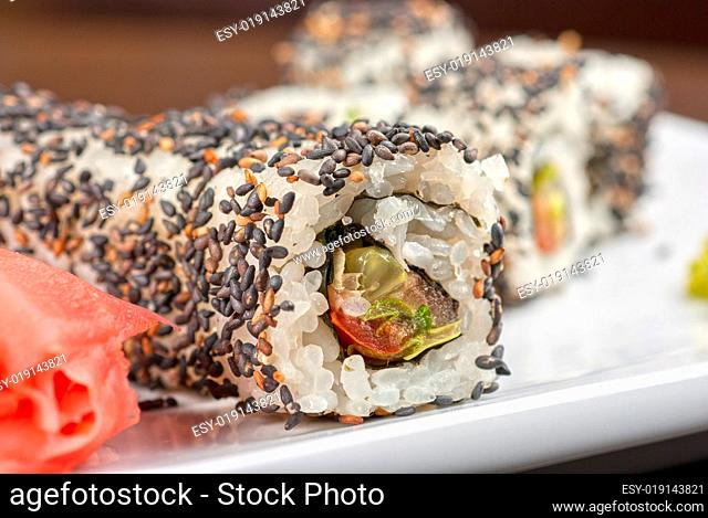 Sushi with sesame